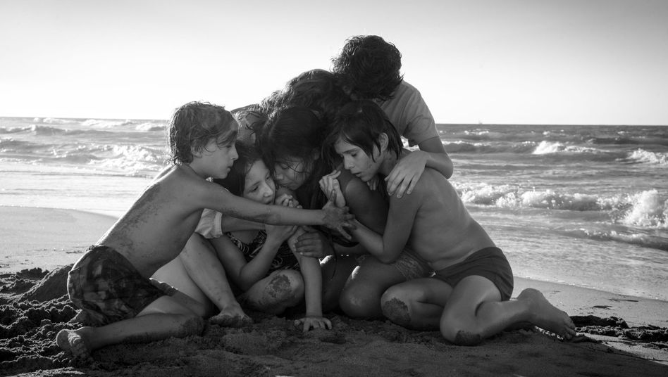 """Filmbild aus """"Roma"""" von Alfonso Cuarón"""