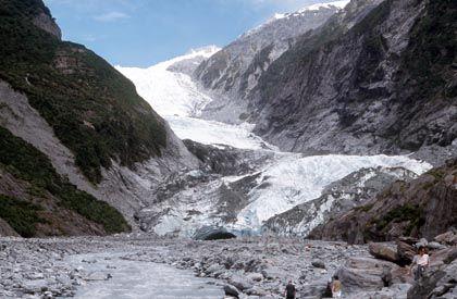 Franz-Josef-Gletscher in Neuseeland (Archivfoto): Deutscher musste Graffiti-Schmiererei wieder entfernen.