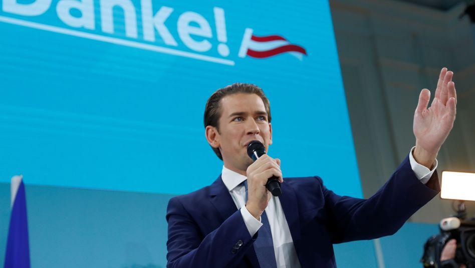 Sebastian Kurz bei seiner Ansprache vor Anhängern.