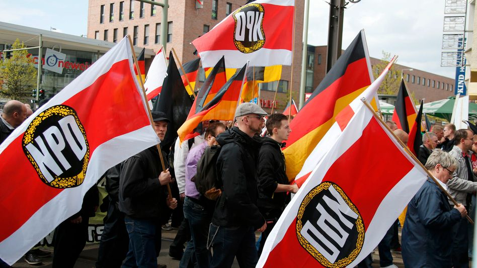 """Nazi-Demonstration in Berlin: """"V-Leute sind weiterhin unverzichtbar"""""""