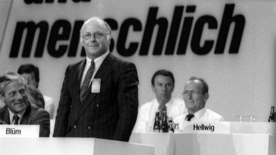 Der damalige Arbeitsminister Norbert Blüm bei einem CDU-Parteitag 1986