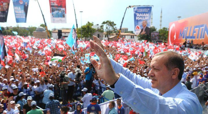"""Wahlsieger Erdogan: """"Neue Ära"""""""