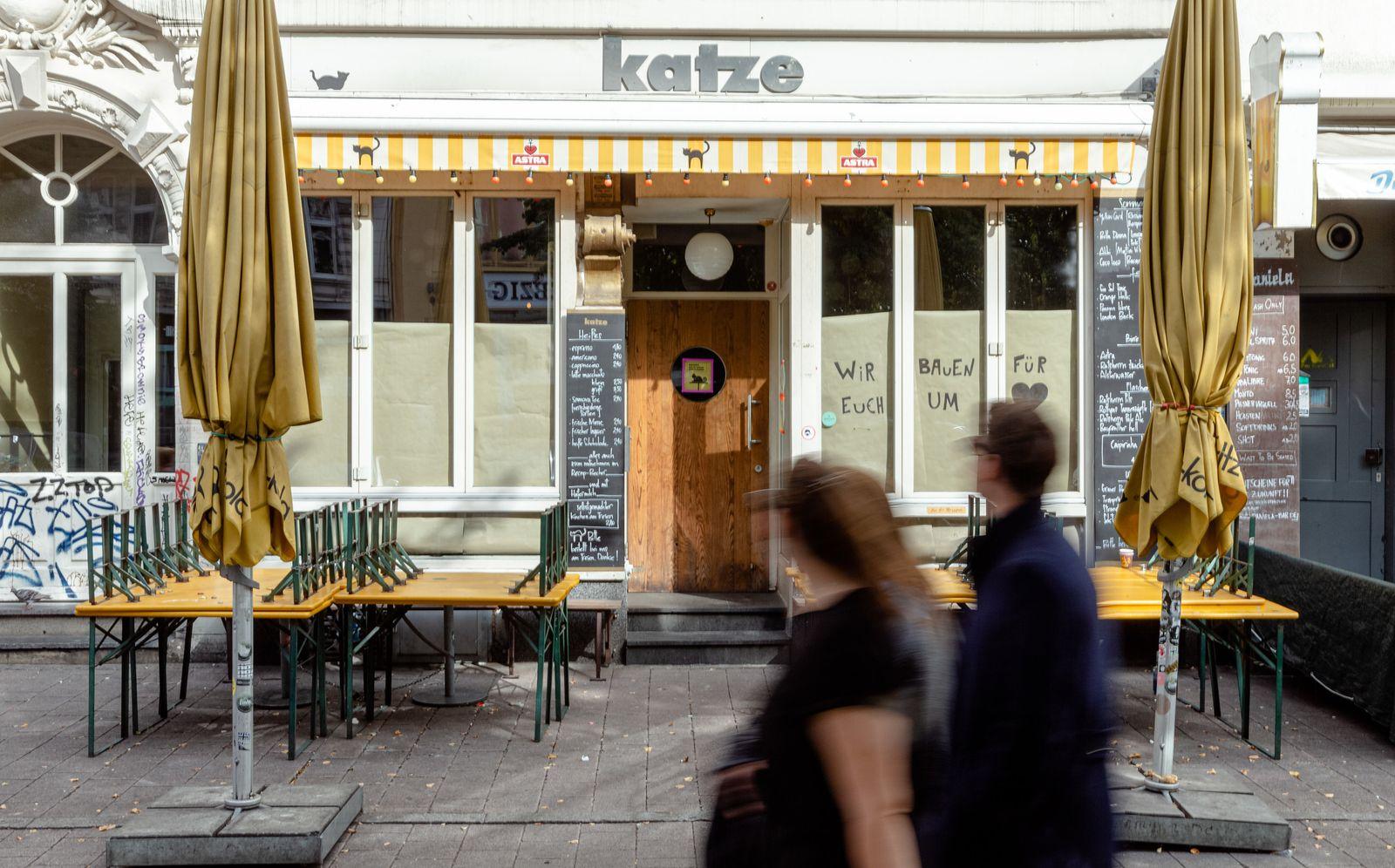 Nach Coronafall in Bar im Hamburger Schanzenviertel