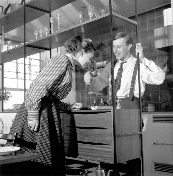 Terence Conran und seine zweite Frau Shirley im Jahr 1955