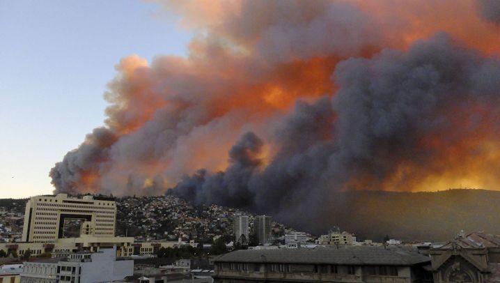 Valparaíso: Feuerwalze zerstört Hunderte Häuser