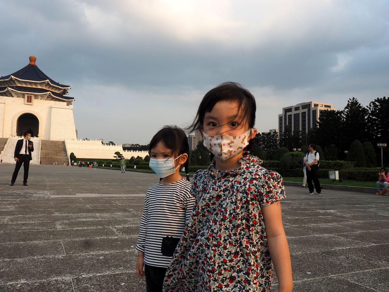 Coronavirus in Taiwan, Taipei - 26 Mar 2020