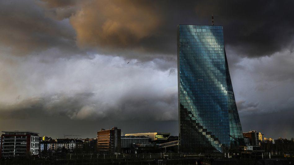 EZB in Frankfurt am Main: Es ist ein Problem, wenn Notenbanken über so wichtige Dinge mitentscheiden müssen