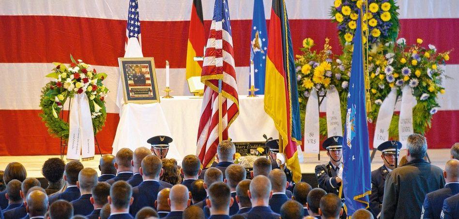 Trauerfeier für ermordeten US-Soldaten am vergangenen Donnerstag in Ramstein: Den Gegner wie in einem Videospiel ausgeschaltet