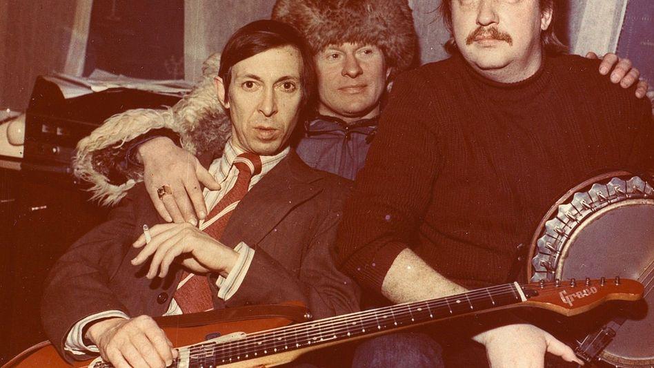 Sewerny (l.) mit Musikerkollegen, um 1978