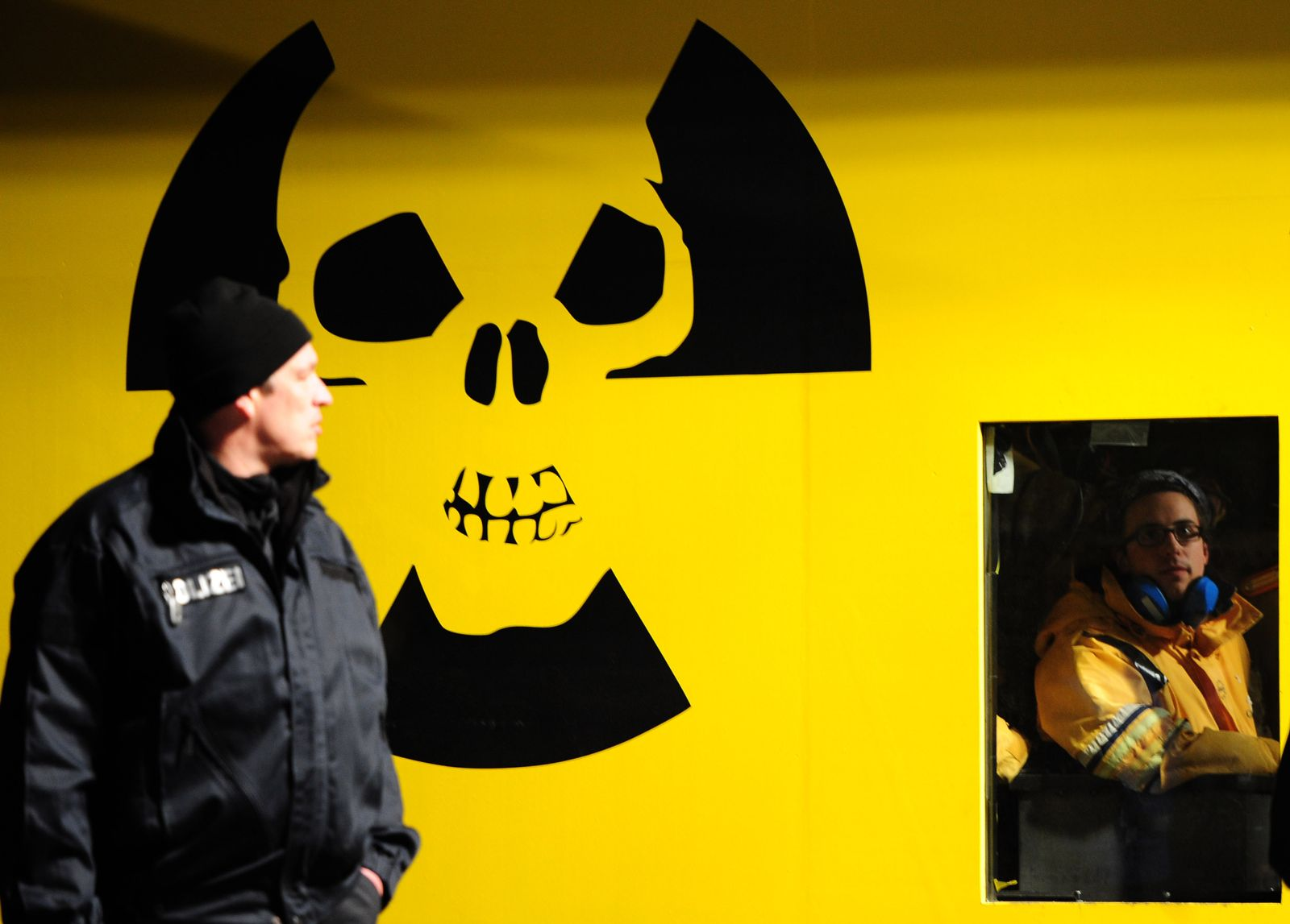 GERMANY-ENVIRONMENT-POLITICS-NUCLEAR-CASTOR-PROTEST