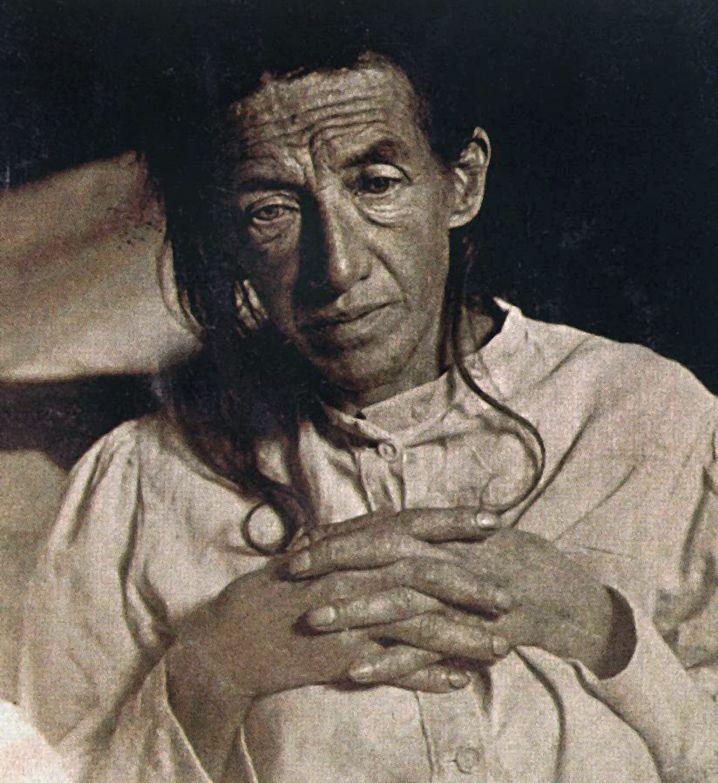 """Auguste, berühmte Alzheimer-Patientin, wenige Monate nach ihrer Einweisung in die """"Anstalt für Irre und Epileptische"""" in Frankfurt (Archivfoto vom Februar 1902)"""