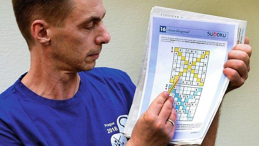 Michael Ley: Der achtfache deutsche Meister im Sudoku rätselt seit 40 Jahren