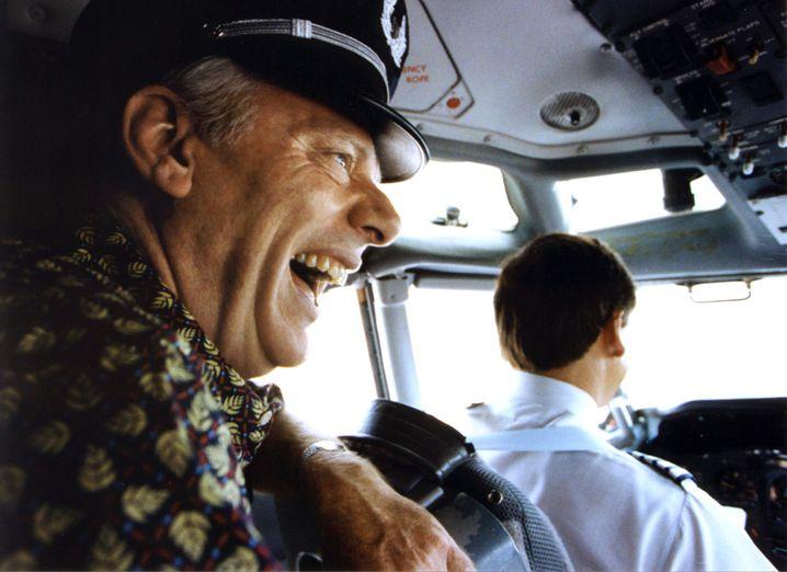 Gelächter im Cockpit: Fliegen muss keine ganz ernste Angelegenheit sein