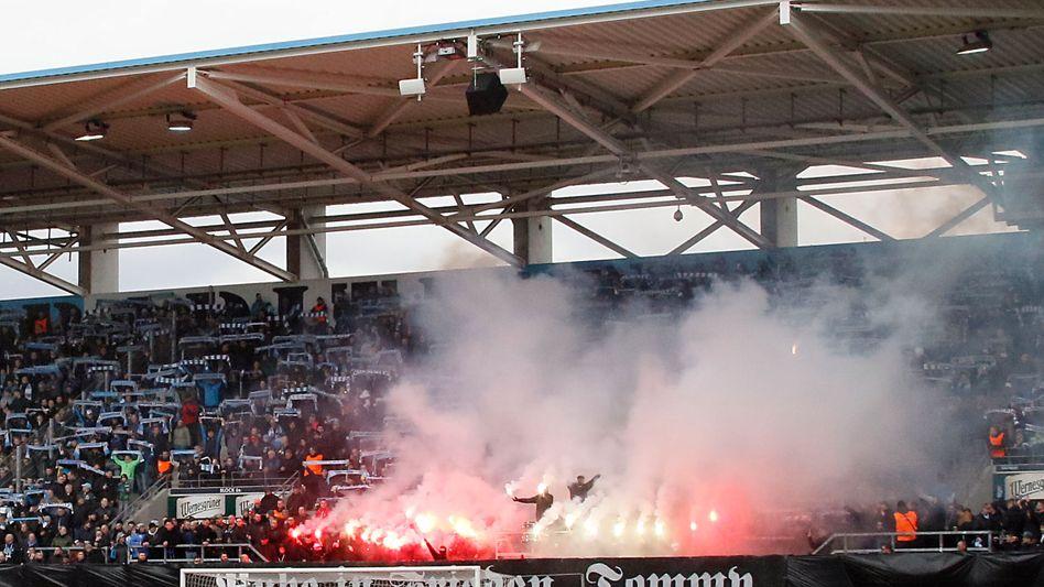Trauerfeier für Neonazi im Chemnitzer Stadion