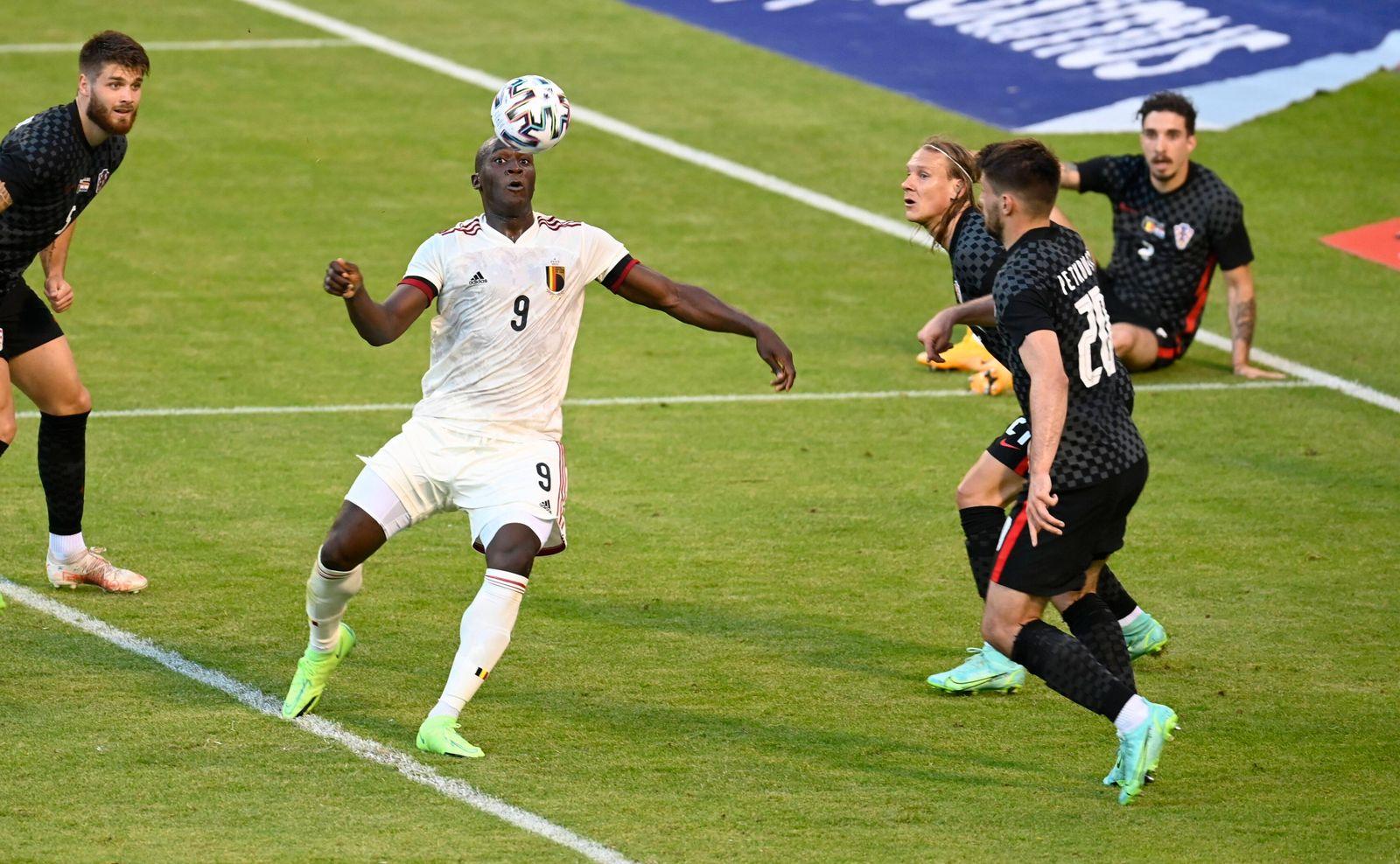 BRUSSELS, BELGIUM - JUNE 06 : Romelu Lukaku forward of Belgium celebrates after scoring during a FIFA International Frie