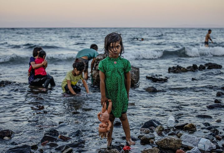 """Refugee children on Lesbos: """"We will not be following the German path on this issue."""""""