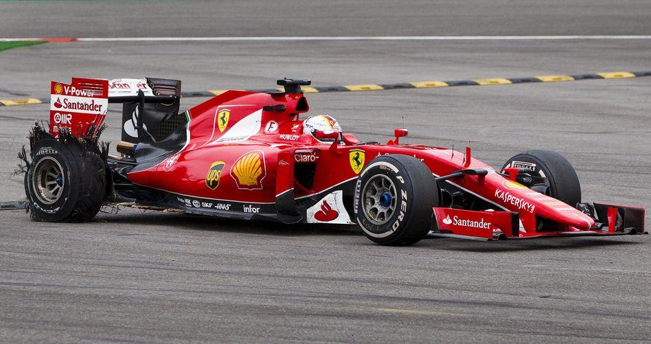 Vettels Bolide: Zerplatzter Reifen verhindert Podestplatz