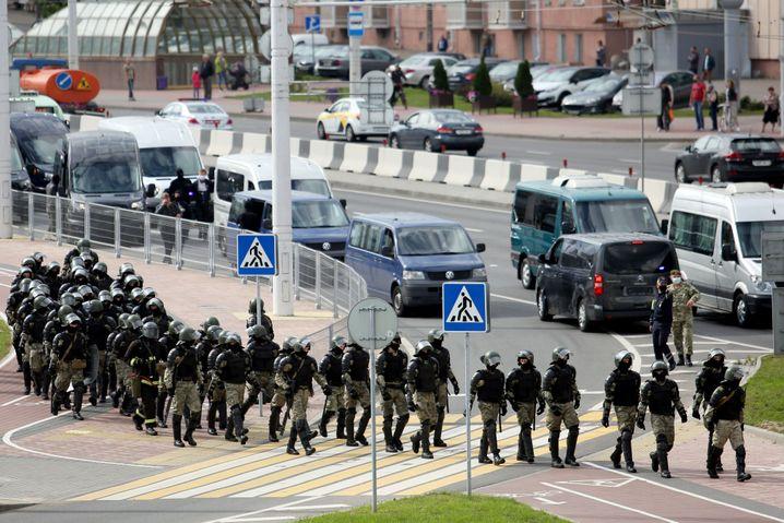 Großaufgebot in Minsk