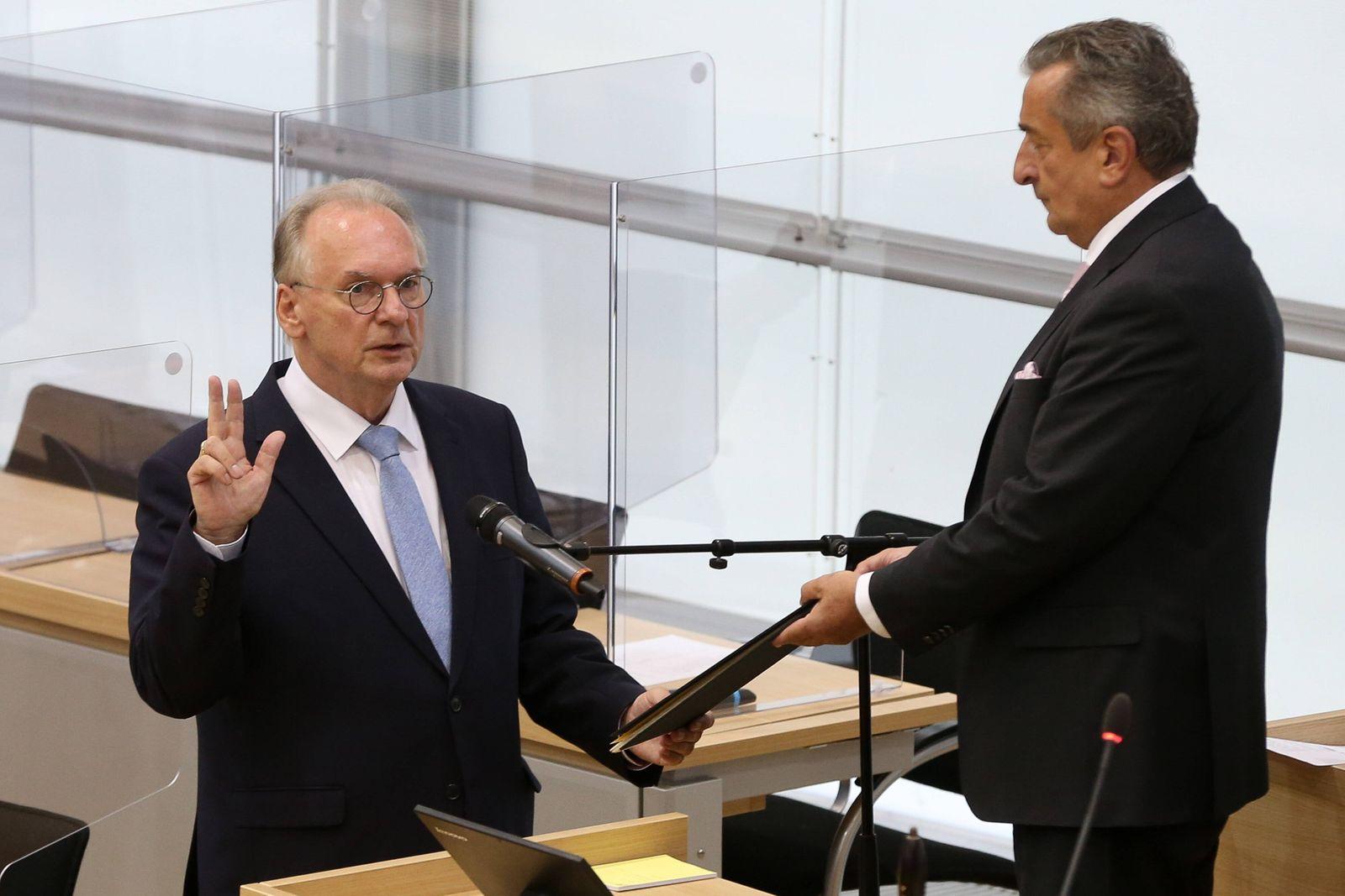 xtgx, Politik, Plenarsitzung des Landtages und Wahl des Ministerpraesideten, Vereidigung von Reiner Haseloff Magdeburg *