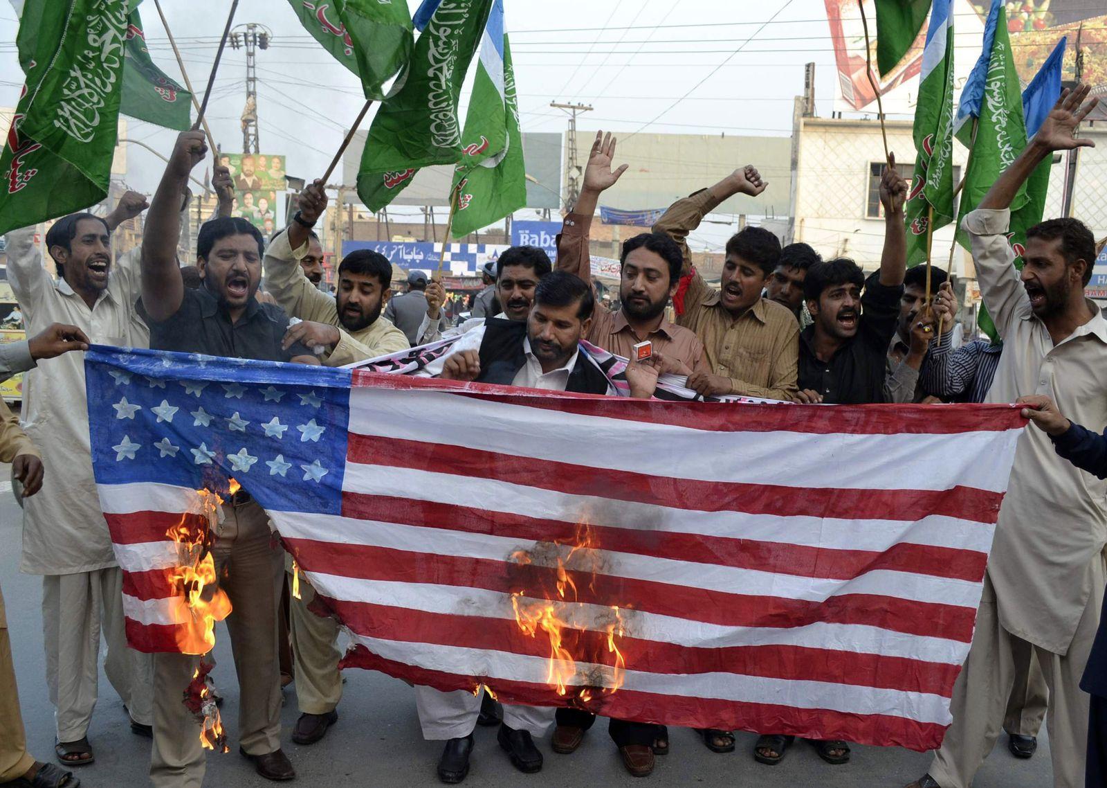 Pakistan/ NATO-Angriff/ Protest