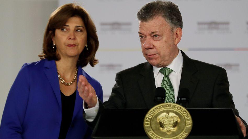 Kolumbiens Ex-Präsident Santos mit seiner Außenministerin Holguín