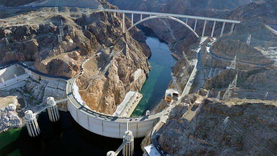 Hoover-Damm in den USA: Stauseen setzen weniger Treibhausgas frei als gedacht
