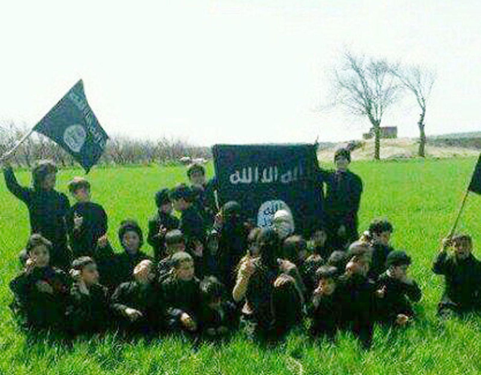 Islamischer Staat/ Kindersoldaten