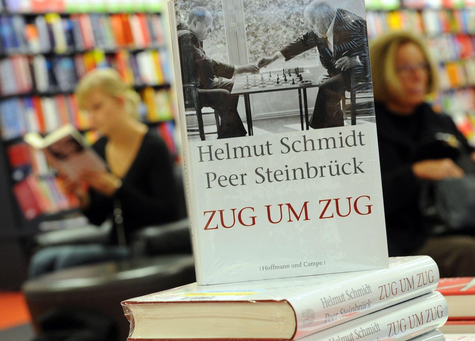 Steinbrück und Schmidt spielen falsch