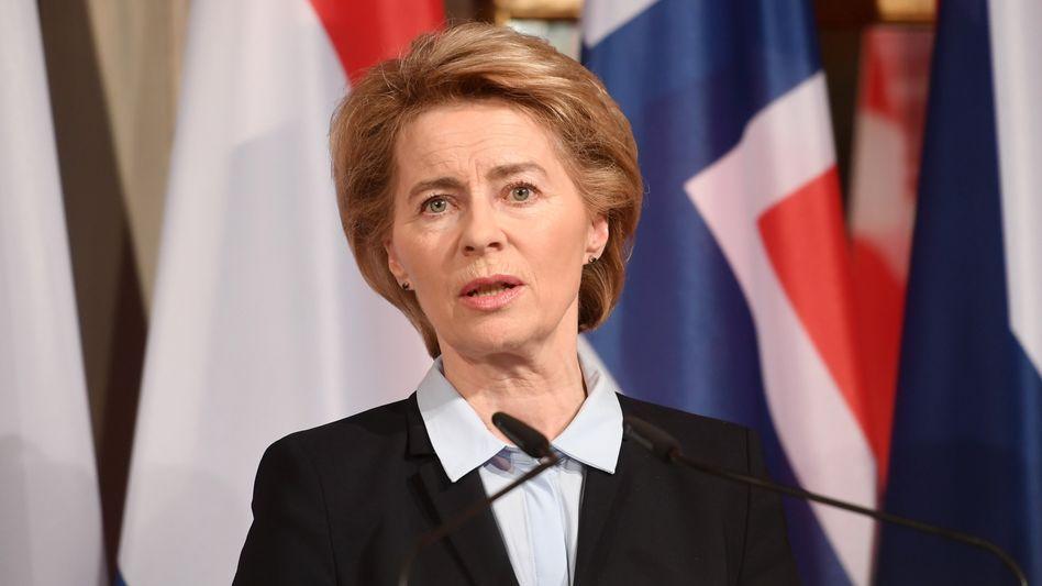 Vierwöchige Schnupperkurse für etwa 23.000 Euro pro Flüchtling: Prüfer kritisieren Verteidigungsministerium scharf