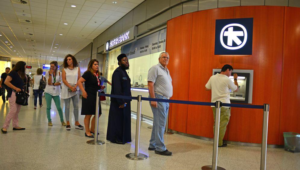 """Flughafen Athen: """"Immer noch reicher als Nigeria"""""""