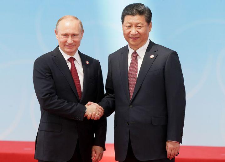 """Putin mit Xi Jinping: Besuch vom """"großen Freund"""""""