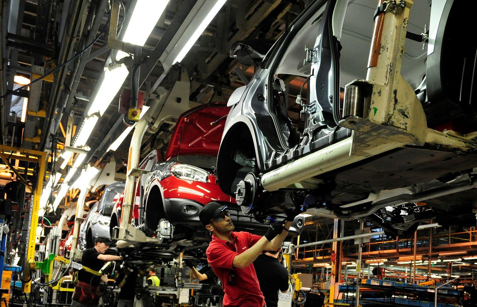 England / Konjunktur / Wirtschaft / Industrie / Brexit / Arbeiter / Nissan Produktion