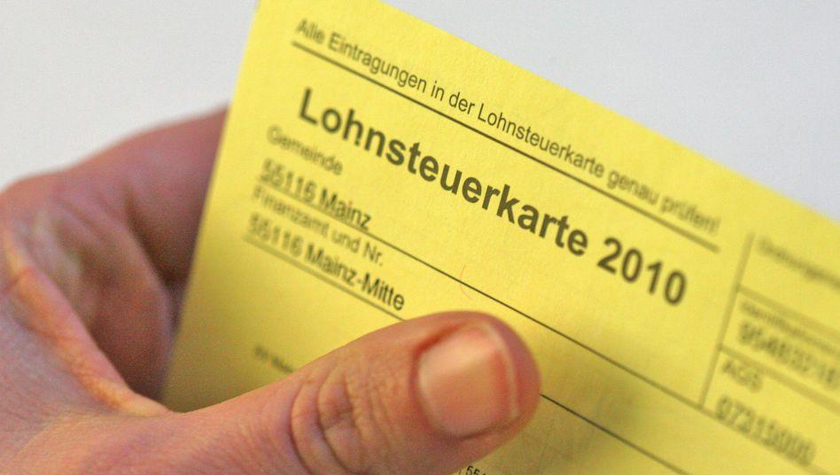Lohnsteuerkarte aus dem Jahr 2010: vielleicht auch nächstes Jahr noch gültig