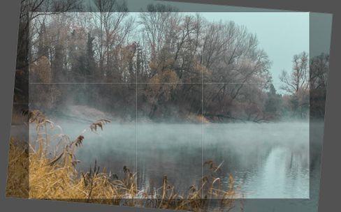 Durch nachträgliches Geraderichten verliert das Foto Bildbereiche und Schärfe.