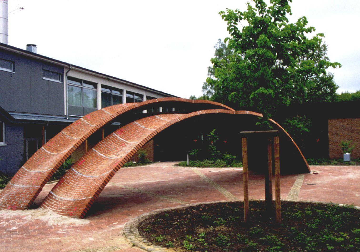 EINMALIGE VERWENDUNG Schalenbogen aus Mauerwerk