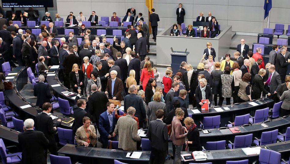 Bundestagsabstimmung: Mehr Geld für die Parlamentarier