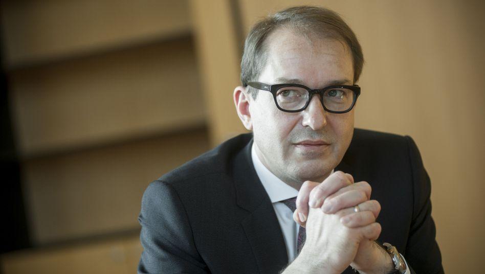 Bundesverkehrsminister Dobrindt: Seehofers Lautsprecher im Kabinett