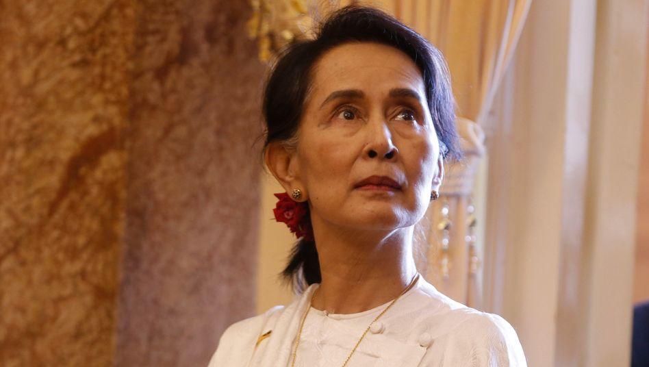 Aung San Suu Kyi (im September 2018): Lage im Land über Nacht eskaliert