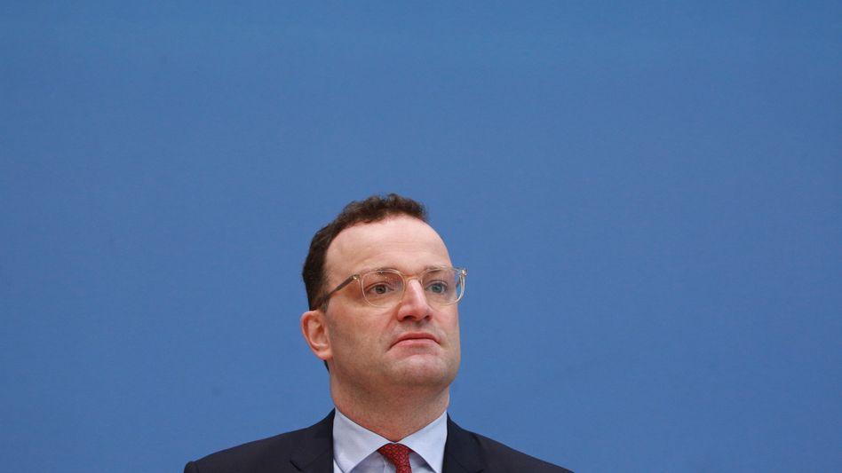 Gesundheitsminister Jens Spahn: Psychotherapeuten und Patienten lehnen seinen Vorschlag ab, Therapieplätze nach Schweregrad und Bedarf zu vergeben