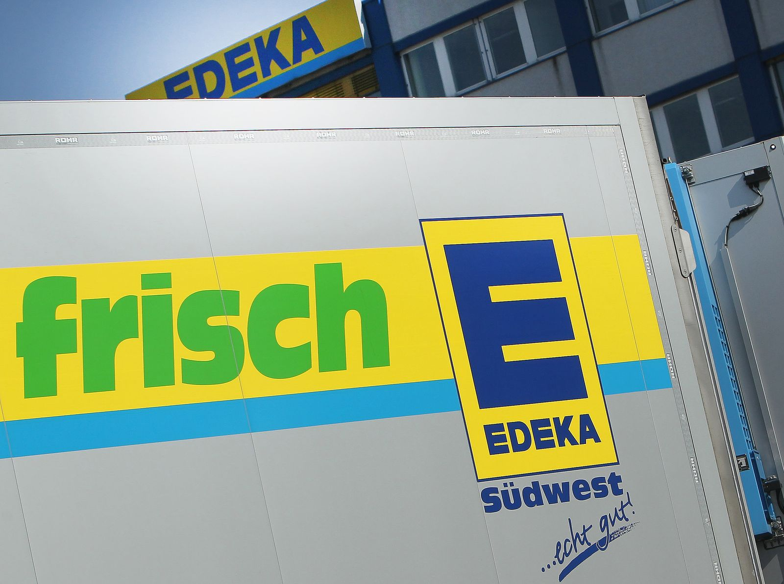 GERMANY-COMPANY-TAKEOVER-RETAIL-EDEKA