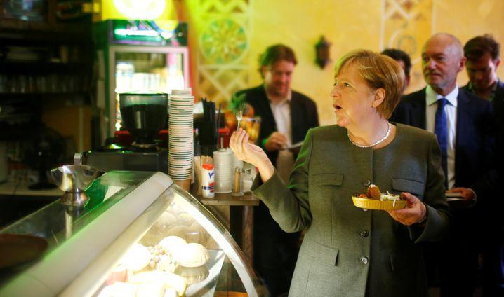 Angela Merkel im Falafel-Laden