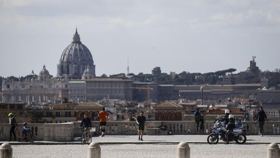 Polizeikontrolle in Rom: 8000 Anzeigen an einem Tag