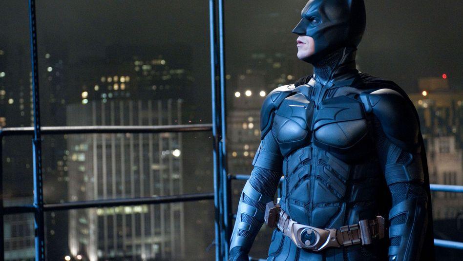 Schauspieler Bale als Batman: Deutsche Kinobetreiber sorgen sich um Filmpremiere