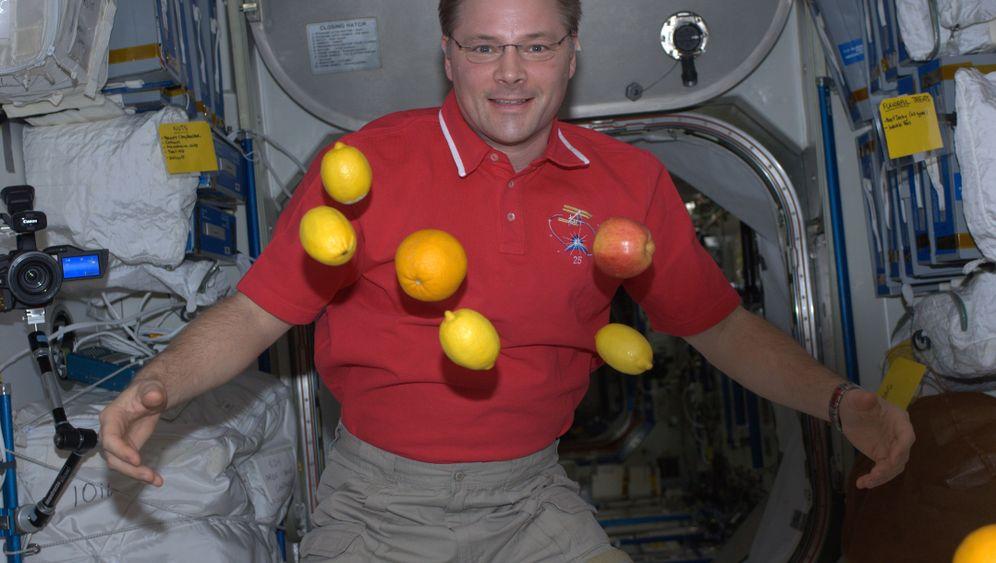 Weltall-Fotos: Zitronen in der Schwerelosigkeit