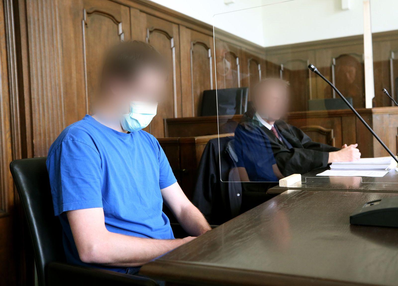 Prozessbeginn im Missbrauchsfall Bergisch Gladbach gegen Soldat