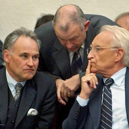 Huber, Beckstein, Stoiber (Archivbild von 2002): Was wurde ausgehandelt?