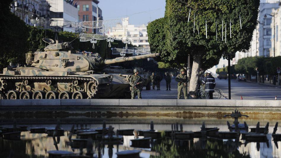 Tunesien: Ben Alis Milizen bekriegen Sicherheitskräfte