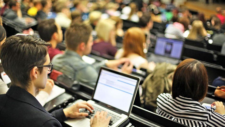 Vorlesung: Studienkredit gilt nicht als Einkommen