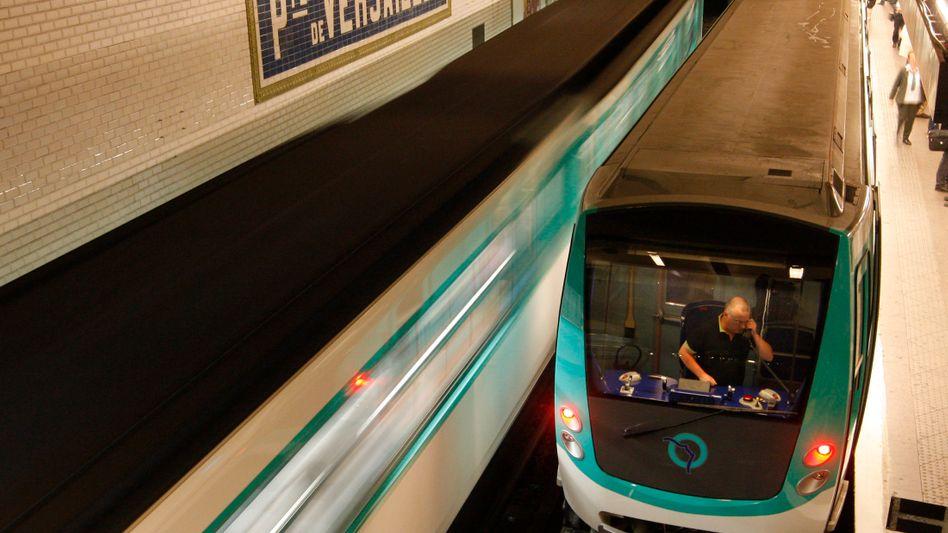 Pariser Métro: Gut vier Prozent der Nutzer fahren schwarz