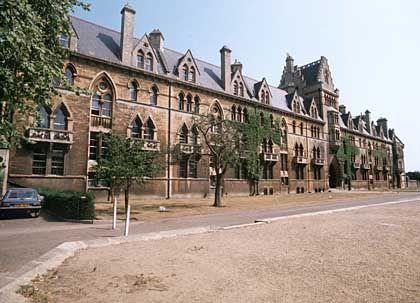 Universität Oxford: Hinter den altehrwürdigen Mauern wird geschummelt